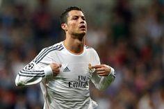 L'incroyable retourné de Cristiano Ronaldo vs Celta Vigo (vidéo) - http://www.actusports.fr/126653/lincroyable-retourne-de-cristiano-ronaldo-vs-celta-vigo-video/