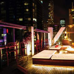 17 Jaw-Dropping Chicago Locations for Drinks With a View. Vertigo Sky Lounge River North Day or night, Dana Hotel's rooftop lounge/club/restaurant brings the mile-high, middle-of-the-city-view goods, and along with them strong house cocktails and a chance to let your inner voyeur flag fly -- the indoor-outdoor rooftop gives you a bird's eye view into all the surrounding high-rises. #chicago #travel #adventure #drinking #life #food #fun #like #follow