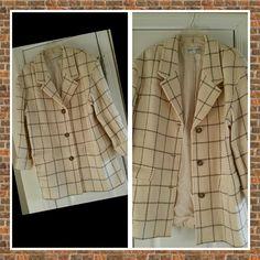 Liz Claiborne Quarter Length Coat 100% wool, ivory and gray GORGEOUS!! Liz Claiborne Jackets & Coats