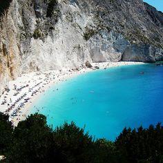 Πόρτο Κατσίκι (Porto Katsiki) ve městě Αθάνι, Λευκάδα Beach Scenery, Beautiful Beaches, Places To See, Greece, Island, Sunset, Water, Outdoor, Spaces