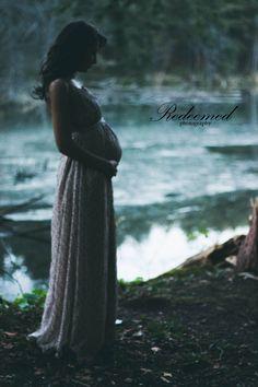 Enchanting Maternity Shoot || RedeemedPhotography || Maternity Poses, Maternity Photoshoot