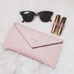 Cartera Prada rosada #cartera #fashion #prada