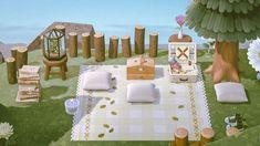 Animal Crossing Cafe, Animal Crossing Wild World, Animal Crossing Pocket Camp, Motif Acnl, Motifs Animal, Island Design, Animal Games, Animal Paintings, Painting Frames
