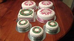 Christmas cakes made for family and friends - Christmas 2013