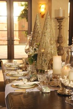 Let your table tablescape sparkles with metallic accessories.