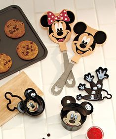 Disney Kitchen Collection....I love it! Soon, I will have all my cute disney gadgets!
