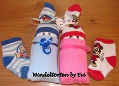 Windelbabies für Zwillinge, kleines Mitbringsel von Windeltorten By Evi auf DaWanda.com