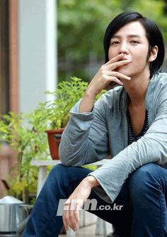 Whoa, he looks so hot here! Korean Celebrities, Korean Actors, Korean Drama Songs, Marry Me Mary, Christian Husband, Jang Geun Suk, Cute Korean Boys, Love Rain, Jung Yong Hwa