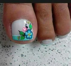 Cute Pedicure Designs, Toe Nail Designs, Nail Picking, New Nail Art Design, Summer Toe Nails, Flower Nail Art, Toe Nail Art, French Nails, French Pedicure