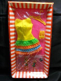 Loop Scoop Doll And Barbie Play Barbie, Barbie Skipper, Mattel Dolls, Barbie And Ken, Barbie Dress, Barbie Outfits, Vintage Barbie Clothes, Vintage Dolls, Vintage Outfits
