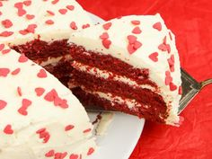 So überrascht ihr euren Liebsten oder eure Liebste: Ein Kuchen so süß wie die Liebe und so rot wie die Leidenschaft.