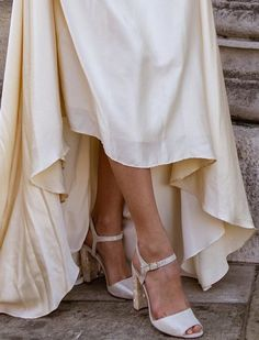 I just adore the mother of pearl block heels by and seeing them here with the makes me very happy. Bespoke Design, Unique Weddings, Service Design, Block Heels, Pearl, Wedding Dresses, Happy, Model, Shoes