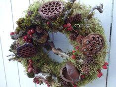 Thanksgiving Wreaths, Autumn Wreaths, Holiday Wreaths, Holiday Decorations, Moss Wreath, Twig Wreath, Wreaths For Front Door, Door Wreaths, Lotus Pods