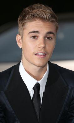 Bilderesultat for justin bieber 2015 Justin Bieber 2015, Justin Bieber Videos, Fotos Do Justin Bieber, Justin Bieber Wallpaper, Peinado Justin Bieber, Funny Videos, Selena, Album Cover, Don Juan