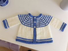 Ravelry: Project Gallery for Marianna's Lazy Daisy Top-Down with sleeves pattern by marianna mel Baby Cardigan Knitting Pattern Free, Crochet Baby Cardigan, Knit Baby Sweaters, Crochet Baby Booties, Cardigan Pattern, Baby Knitting Patterns, Baby Patterns, Baby Knits, Crochet Hats