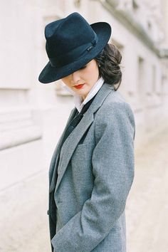 Can you say classic?  I love how this outfit, even though it's a blazer and hat, doesn't look masculine; instead, it looks like something right out of a classic Hollywood romance. ~Kelsey #kelseyhough