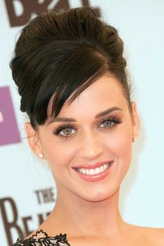 Before her hair turned blue, Katy Perry could really pull off a classy up-do.