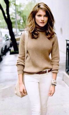 Fashionable ways to transition white jeans into fall.  Love them paired with a camel turtleneck.