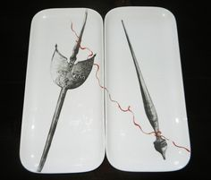Una ca Luna Made in RO Designist Una ca Luna a creat pentru Made in RO o ie de Făgăraş, din 9 farfurii pictate cu motive tradiţionale