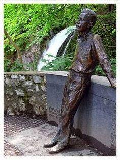 KÖVEK MÖGÜL Garden Sculpture, Buddha, Statue, Outdoor Decor, Sculptures, Sculpture