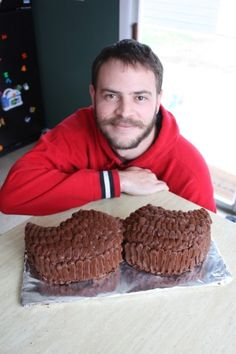 Chocolate Frosting, Mustache Cake Groom cake of my dreams could we do this with the chocolate cake?