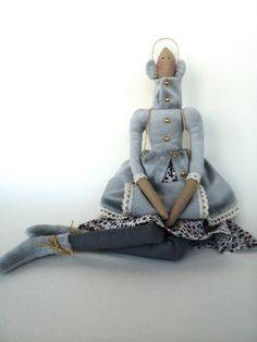 Muñeca Tilda en muñeca de trapo azul-regalo para las niñas-muñecas-regalo para su novia regalo-niña muñeca personalizada hecha a mano juguetes muñeca-tela Muñecas-regalos para mamá