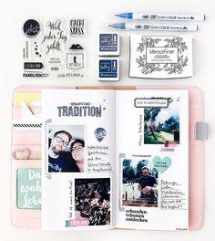 Ich zeige eine neue Doppelseite aus meinem Traveler's Notebook mit vielen gestempelten Details und inklusive Materialliste mit Drucker (Canon Selphy) und Fotopapier, jetzt aufm #papierprojekt Blog.