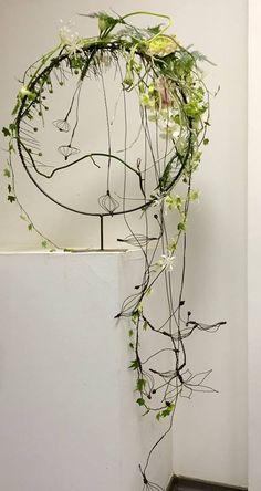 Gregor Lersch Floral Design 2019 Gregor Lersch Floral Design The post Gregor Lersch Floral Design 2019 appeared first on Floral Decor. Art Floral, Creative Flower Arrangements, Floral Arrangements, Flower Show, Flower Art, Gregor Lersch, Cascade Design, Flower Structure, Flora Design