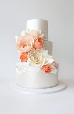 Featured Cake: Faye Cahill Cake Design; Wedding cake idea.