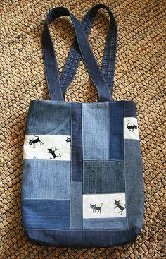 Bolsas artesanais. Mestres Fair - feito à mão. Compre saco Denim com gatos. Handmade. azul escuro