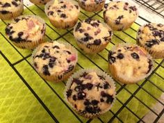 Healthy Blueberry Peach Muffins from in Wonderland McCarthy - joyous health Healthy Food Choices, Healthy Sweets, Healthy Recipes, Peach Muffins, Blue Berry Muffins, Dairy Free Muffins, Joyous Health, Waffles, Pancakes