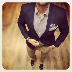 bcnpreppy:    Por muchos outfits tan grandes como este @tomsawyertf recupérate y al lío bro  | #preppy #preppystyle #bcnpreppy #pijo #espreppy #rp #blazer #stripes #shirt #pocketsquare #pants #shoes #sockless #tassel #loafers #mocasines #borlas #fashion #man #menstyle #mensweat #mensfashion #moda #gq #ootd #luxury #style #instafashion #instapreppy #fashionista #fashionblogger #blogger (en Barcelona Spain)