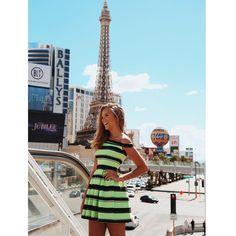"""""""A campanha da @missmissesmodas em Las Vegas está ficando surreal de linda!! """""""