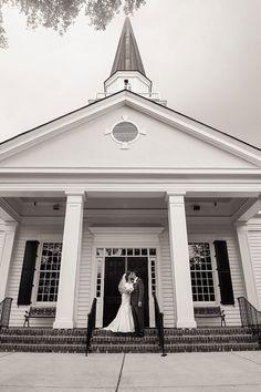 Our bride Evelyn. {Wachesaw Plantation} | Wedding Row Grand Strand @TheWeddingRow @jenningsking @martinaliana