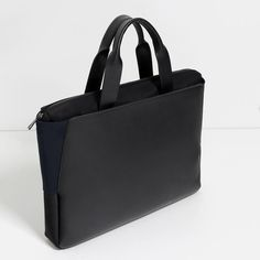 Image 3 of ELASTIC DETAIL BRIEFCASE from Zara