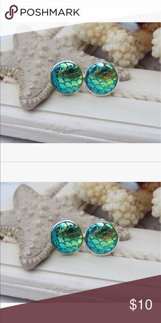 ✨Green Mermaid Scale Earrings Stud mermaid scale earrings with green scales that are iridescent and pick up other colors and silver settings. 🚫 trades, bundle to save. Jewelry Earrings