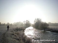 Morning folks .....brrrrrrgh!!....Justbod (@justbodteam) on Twitter Folk, England, Country Roads, Seasons, River, History, Twitter, Outdoor, Outdoors