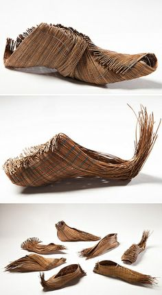 pine needle shows_needle and thread Narrow Shoes, Rainy Day Crafts, Walk This Way, Shoe Art, Crazy Shoes, Needle And Thread, Basket Weaving, Fashion Shoes, Footwear