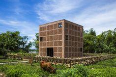 Galeria de Terra Cotta Studio / Tropical Space - 1