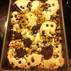 The Chocolate-Peanut Butter Mallow Bars from Kraft Foods. Made by me. Yum-o!