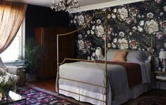 The incredibly talented Brinsons did a guest room makeover in their stunning 19th century home, called Stony Ford.