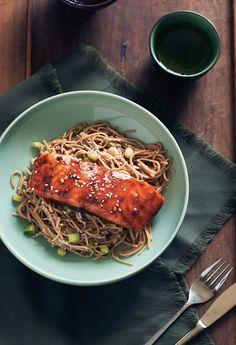 Salmon With Soy and Petimezi - Souvlaki For The Soul Greek Recipes, Fish Recipes, Seafood Recipes, Paleo Recipes, Paleo Food, Yummy Recipes, Dinner Recipes, Yummy Food, Eastern Cuisine