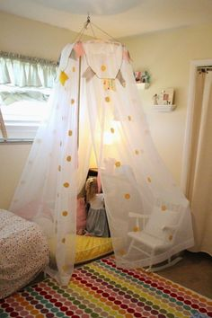 DIY your photo charms, compatible with Pandora bracelets. Make your gifts special. Mommy Vignettes: DIY No-Sew Tent Canopy Tutorial Kids Canopy, Kids Tents, Bedroom Curtains, Bed Tent, Tent Canopy, Bed Canopies, Backyard Canopy, Hotel Canopy, Bedroom Decor