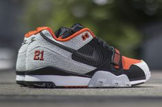 "Nike ""Barry Sanders"" Air Trainer 2 Premium QS (Detailed Pictures) - EU Kicks: Sneaker Magazine"