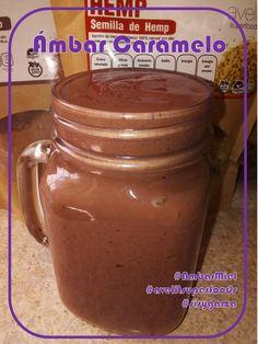 #AmbarMiel #avelitsuperfoods #sisygarza Para el antojo chocolatoso... SMOOTHIE SELVA NEGRA 1 taza de frutos rojos 1/2 taza de leche de coco 1/2 taza de yogur griego 1 cucharada de harina de linaza (linaza molida) 1 cucharadita de hemp 1 cucharada de coco rallado 1 cucharada de cacao 1 cucharadita de miel (opcional) Hielo al gusto A la licuadora y ¡a disfrutar!