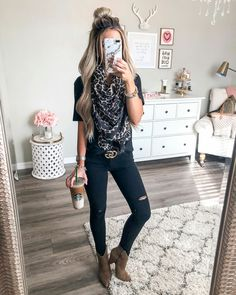 Schöne 44 stilvolle Herbstmode-Trends 2018 – Beauty Tips & Tricks Beautiful 44 stylish autumn fashion trends 2018 2019 Fall Outfits 2018, Mode Outfits, Fall Winter Outfits, Casual Outfits, Summer Outfits, Fashion Outfits, Womens Fashion, Fashion Ideas, Winter Wear