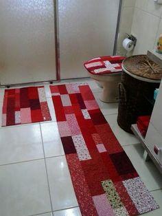 Márcia Reis Patchwork: Jogo de banheiro em tons de vermelho