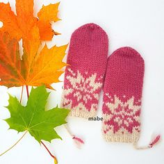 Ravelry: Oktoberstjerne votter pattern by MaBe Knitted Mittens Pattern, Knitting Patterns, Fair Isles, Knitting Projects, Knit Crochet, Wool, Crafts, Design, Craft Ideas