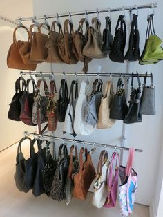 decorative and functional idea to store your handbags - Favorite Org .decorative and functional idea to store your handbags - Favorite Organizing Ideas - decorative Favorite functional handbags Bedroom organization for teens storage organizing ideas Bedroom Closet Storage, Bedroom Closet Design, Wardrobe Design, Closet Designs, Bedroom Storage Ideas For Clothes, Master Bedroom, Organize Bedroom Closets, Clothes Storage, Attic Storage