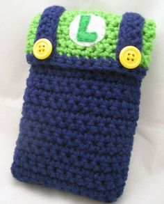 There cannot be anything more personalised than your own DS case, and these Mario and Luigi Crocheted DS Cases are custom made to suit your preferences. Crochet Case, Crochet Phone Cases, Love Crochet, Bead Crochet, Mario Crochet, Crochet Designs, Crochet Patterns, Crochet Afghans, Mario E Luigi